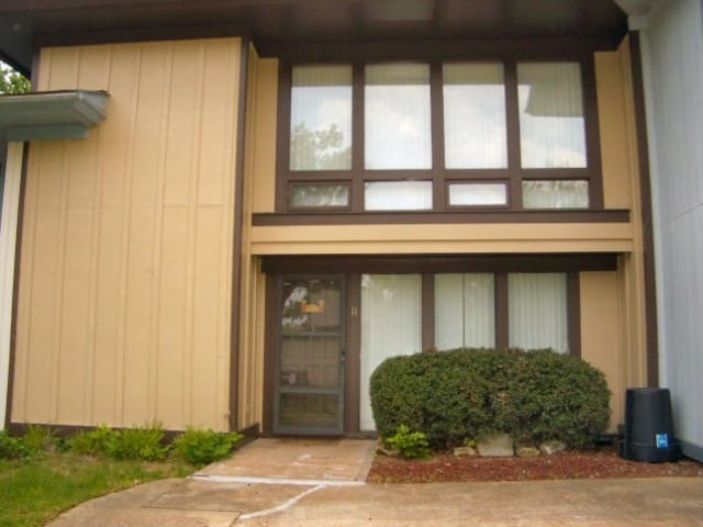 #2723 The 3-Bedroom Townhouse