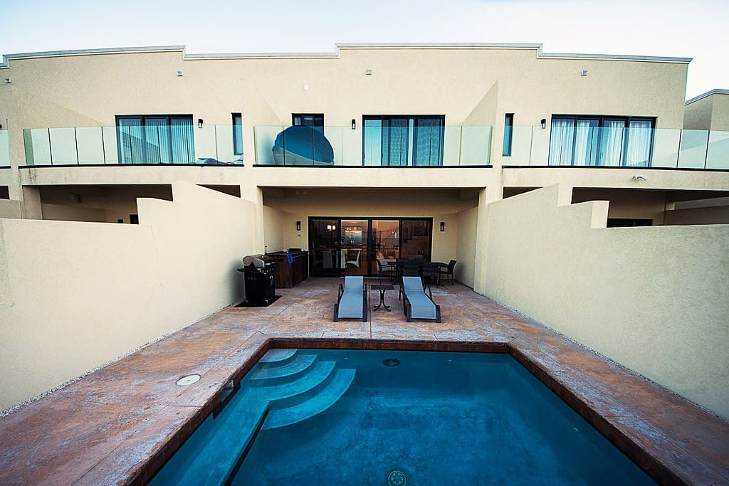 Outdoor Living Space & Private Plunge pool