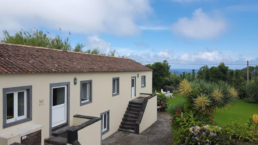 Casa da Luz: relax in comfort und nature - Cedros - House