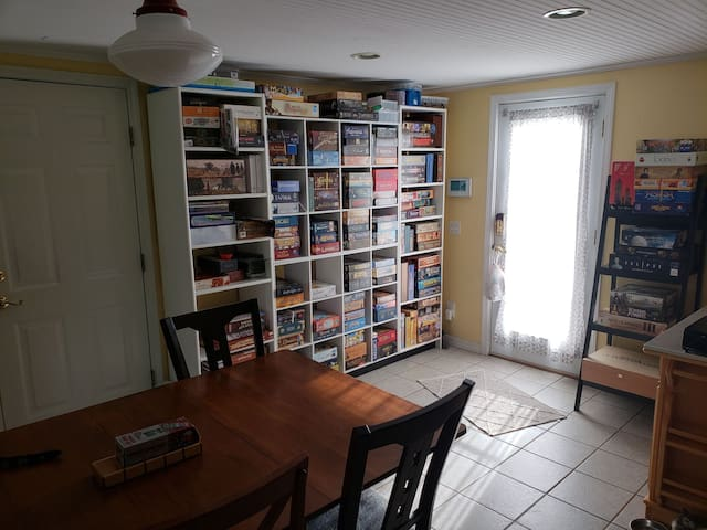 Dining / Game Room
