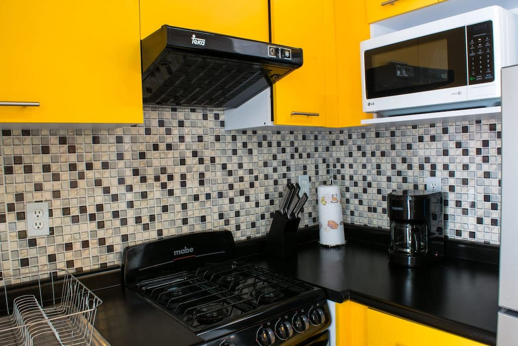 Cook up a meal in the fully stocked kitchenette with drinking water