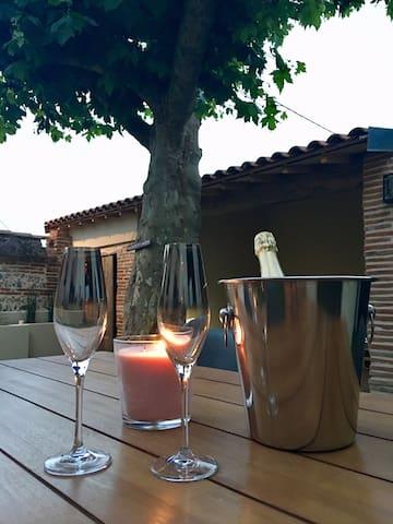 Nuit insolite dans un pigeonnier avec jacuzzi!
