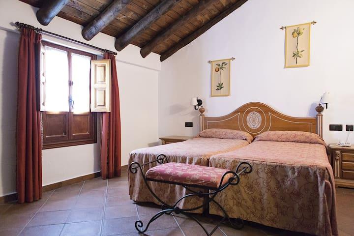 Cortijo San Antonio, hab doble - Casarabonela - Bed & Breakfast