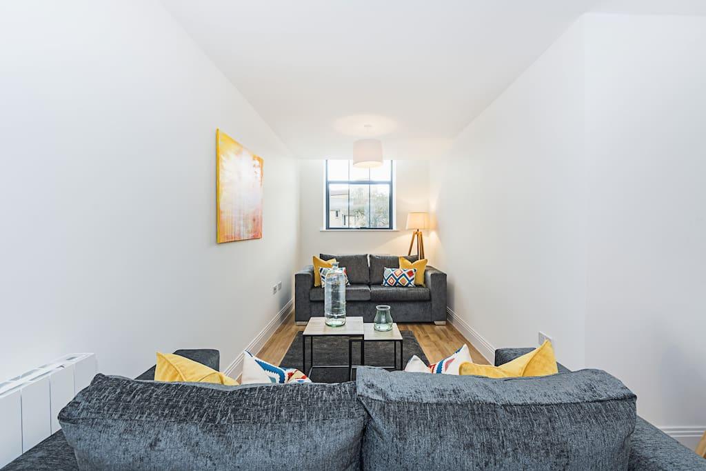 Flat 7 Living Room 1