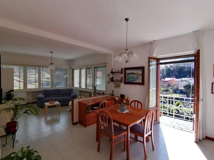 Luminoso appartamento con vista ad Abbadia Lariana