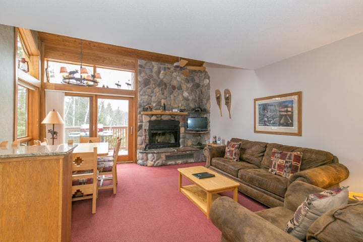 Ski-in ski-out condo in Caribou Highlands!