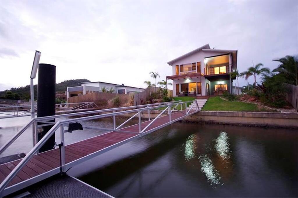 Pontoon on Canal