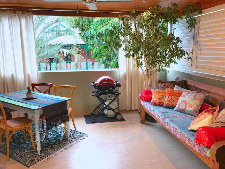"""Large """"Bali"""" balcony with alfresco dining and a  comfy daybed, big enough for two!"""