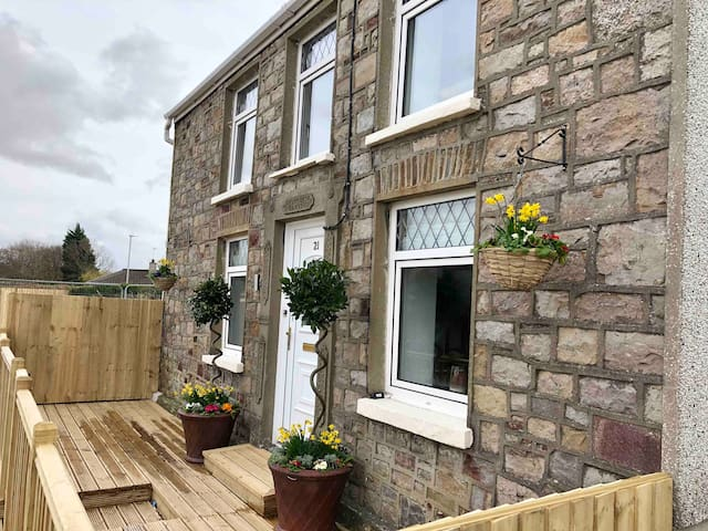 Woodland Holiday Cottage Brecon Beacons