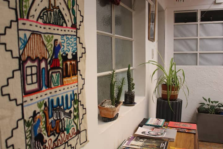 Habitación acogedora y céntrica en La Macarena !