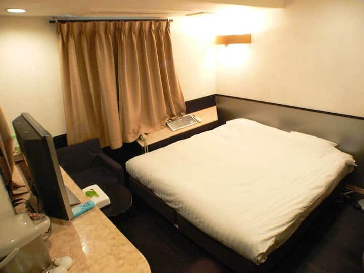 3mins->Shinjuku Gyoenmae Sta/Standard Single Room