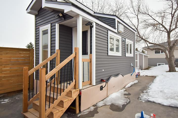 Retreat to a Tiny but Ample Home (short/long Term)