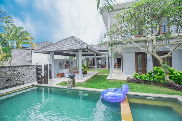 Private Pool Spacious 3 BR Villa in Bukit Bali