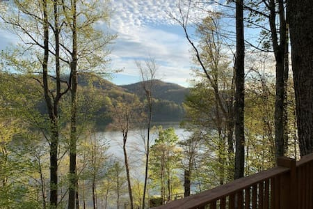 Cabin on Lake Nantahala