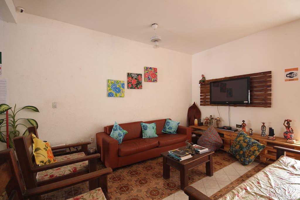 Sala de TV Disponível com WI-FI