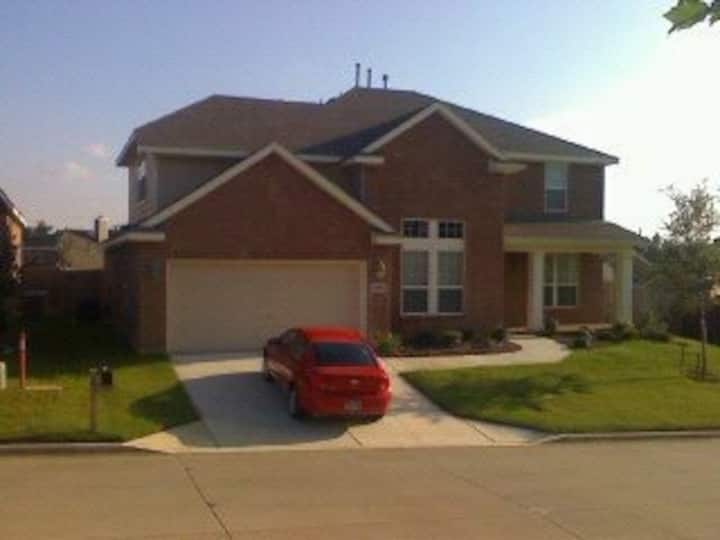 New house near Cowboys Stadium