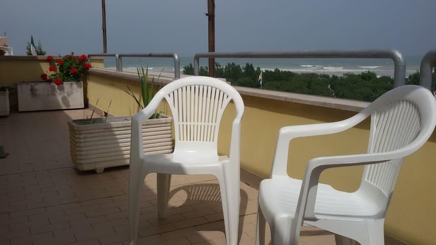 Luminoso e ampio appartamento a due passi dal mare - Porto Sant'Elpidio - Huoneisto