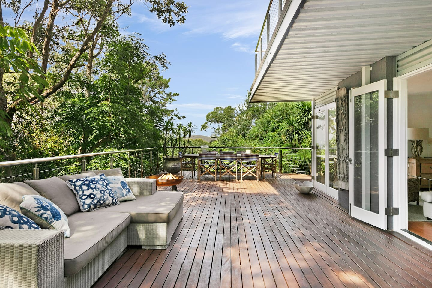 Rear Deck overlooking Macmasters Beach