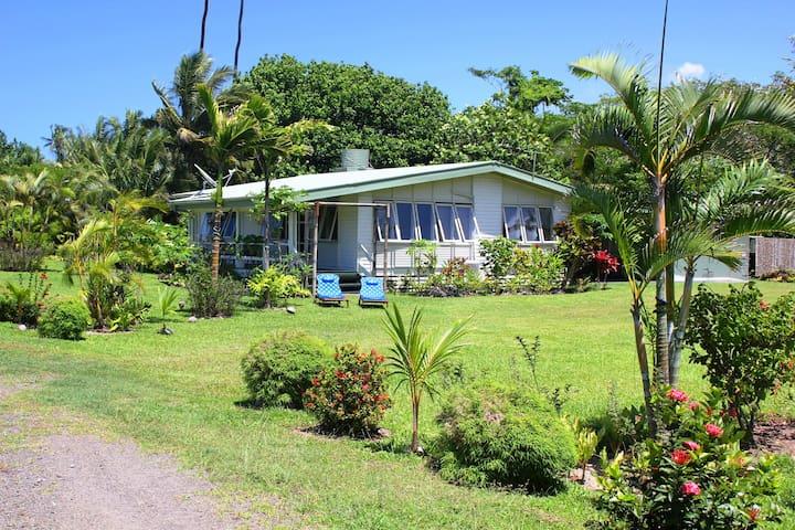 Beachfront Villa on secluded White Sandy Beach