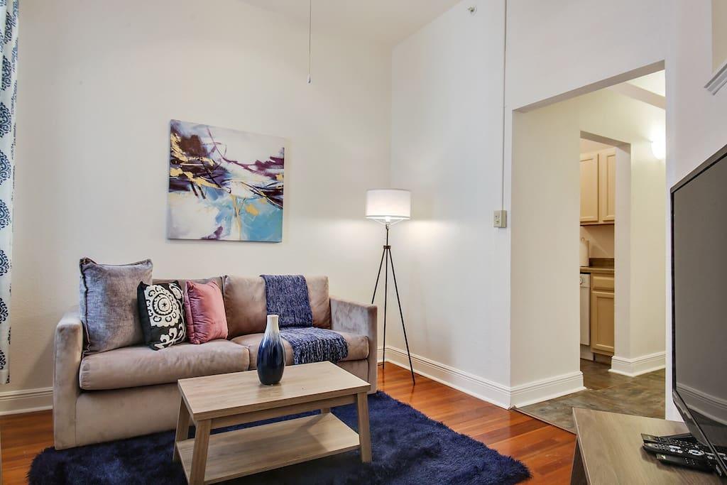 Super Cozy Living Area w/Full Size Sofa Sleeper