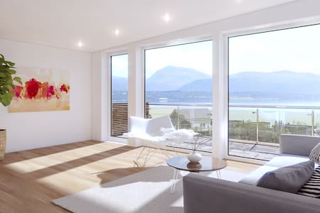 Bedroom with ocean view for rent. Free pick up! - Kvaløysletta