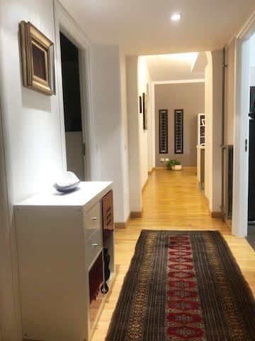 Graziosa stanza privata vicino al centro