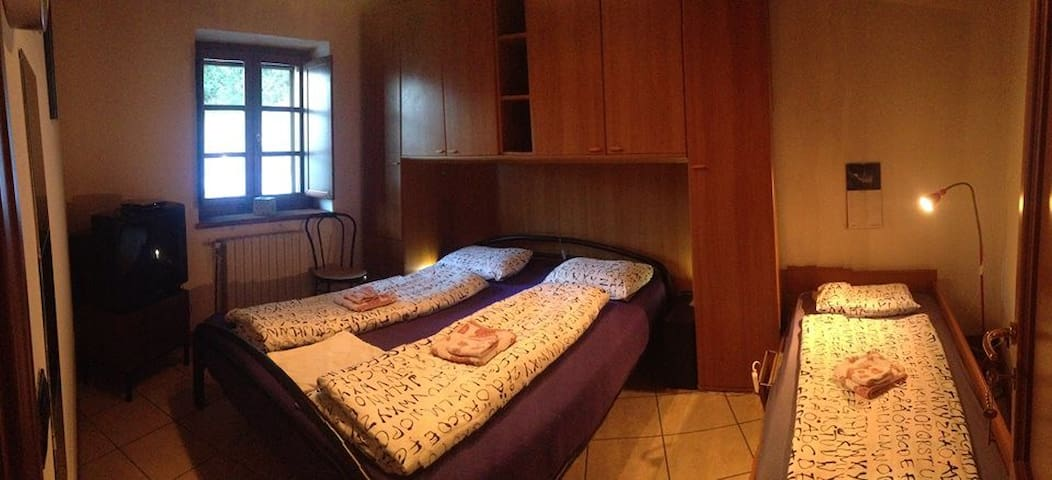 2 Casa Dalessi ON THE ROAD Room