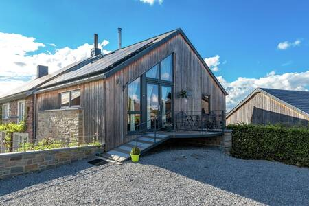 Quaint Holiday Home in La Roche-en-Ardenne with Garden