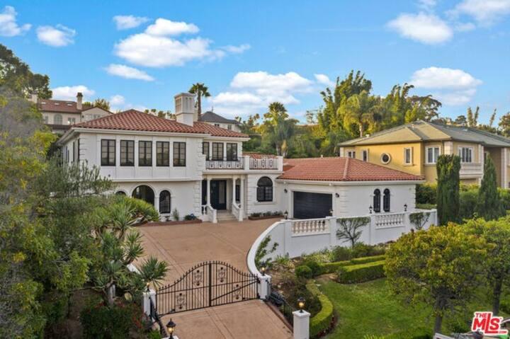 Villa de Riviera