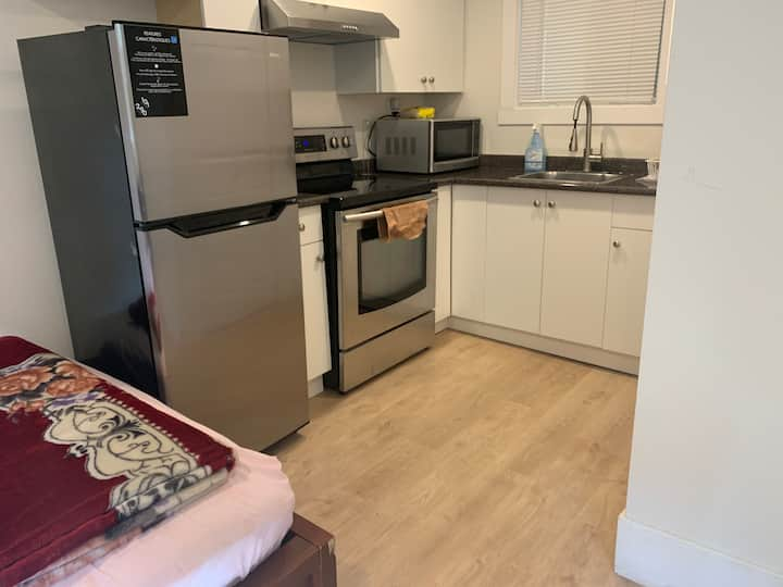 Studio Apartment in Bear Creek Park