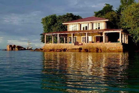 La Saline, Anse Possession Villa on the Sea