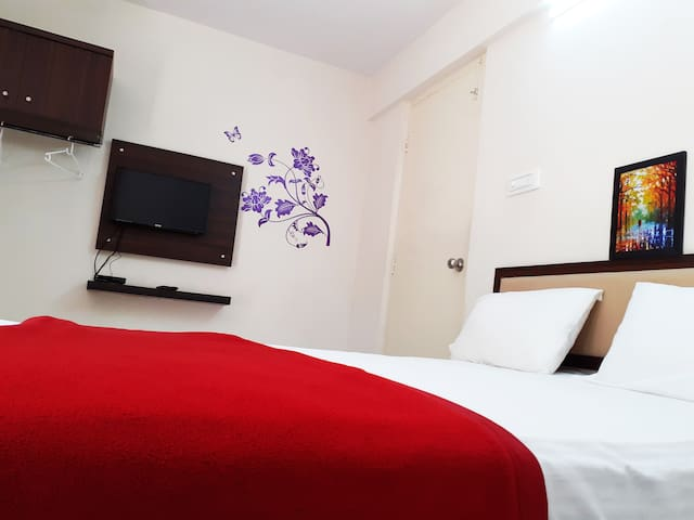 Stayhome-Comfortable Stay near Bannerghatta road