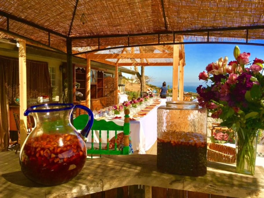 just another view of our incredible outdoor dining space.  we almost always eat dinner outside, and enjoy the open air