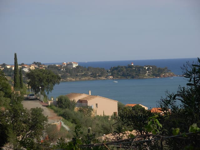 Apartment with waterfront and mountain view - Saint-Raphaël - Pis