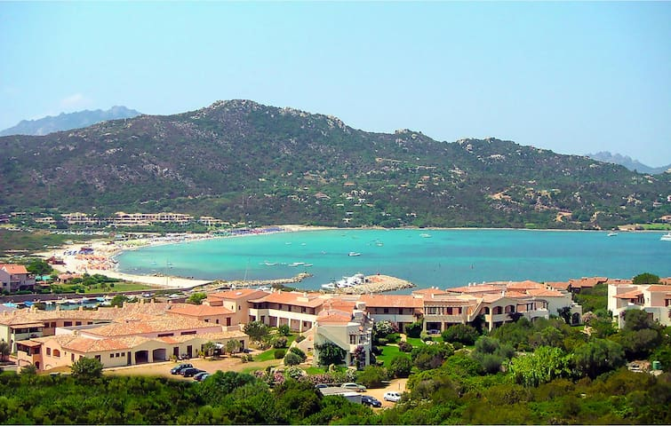 Holiday apartment with 2 bedrooms on 55m² in Golfo Aranci