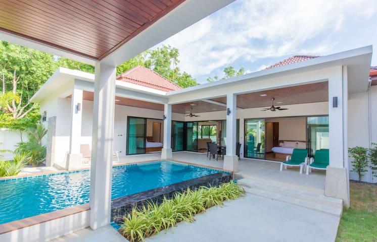 Luxury New 2 Bedrooms Villa With Pool