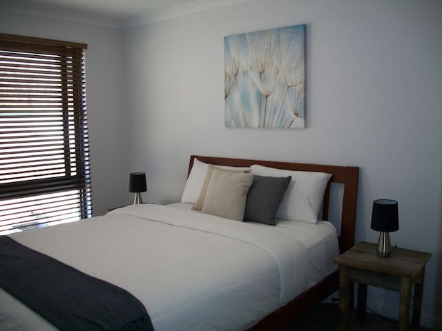Woodrise Guesthouse 3 bedroom apartment.
