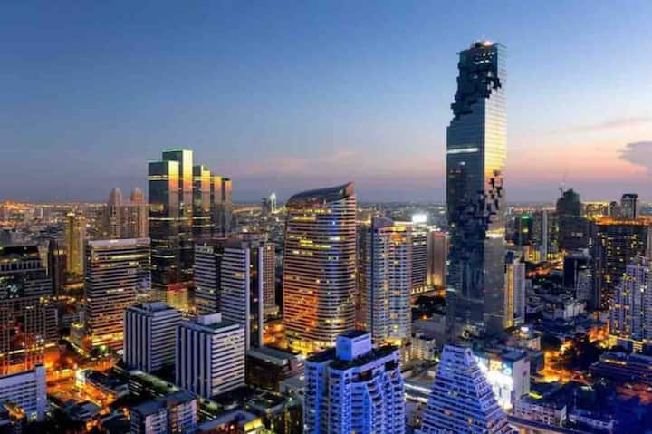2219 Sathorn Luxury Condo Free WiFi & Sky Lounge