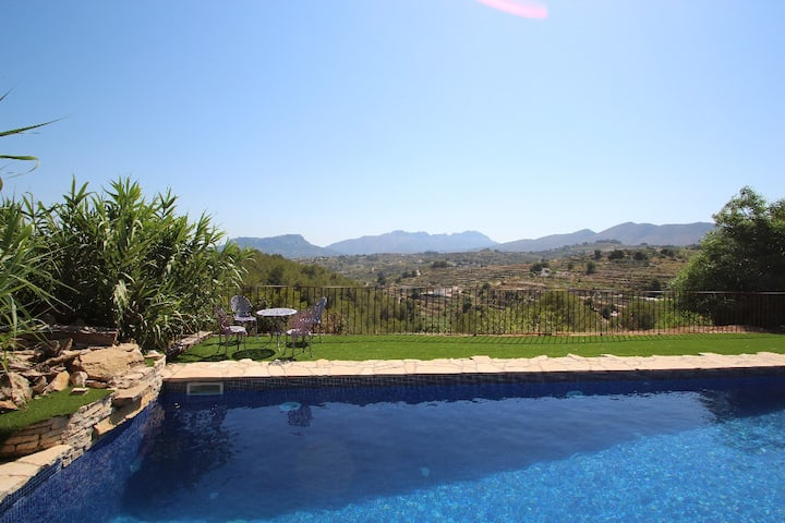 Rocasol - rustic finca for nature lovers in Benissa