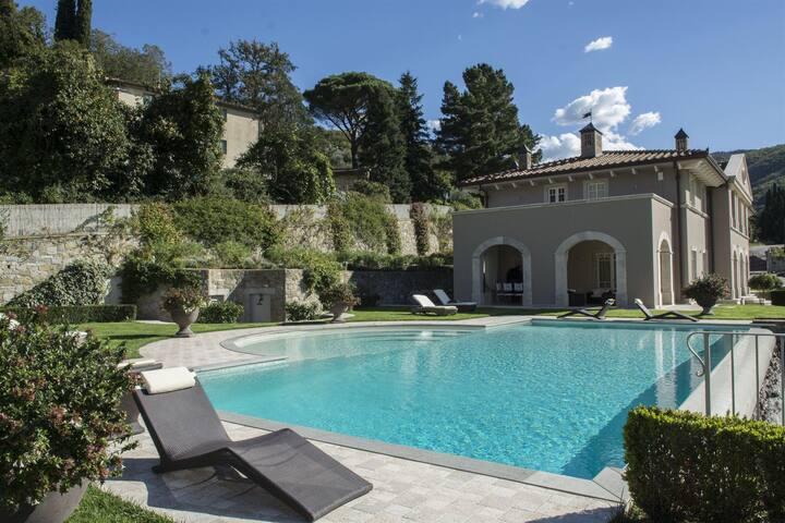 Villa Caiano Giglio