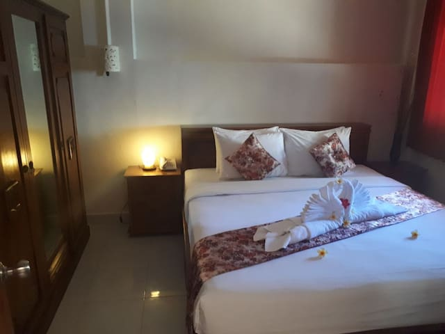 VILLA ORCHID BALI 1 BEDROOM @ PALMS SEA & POOLSIDE