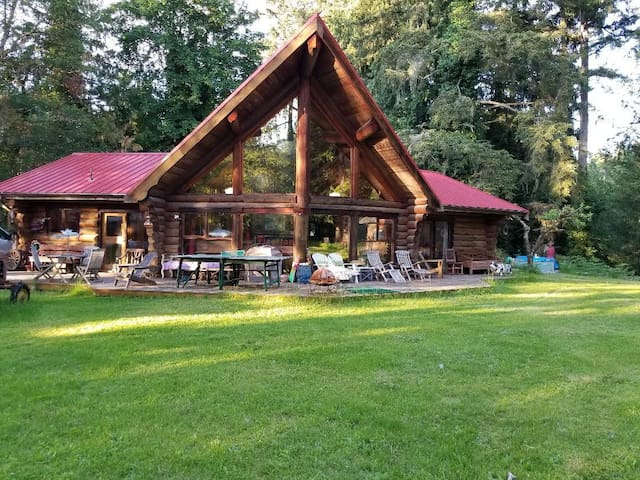 Coombs Rustic & Charming Log Home