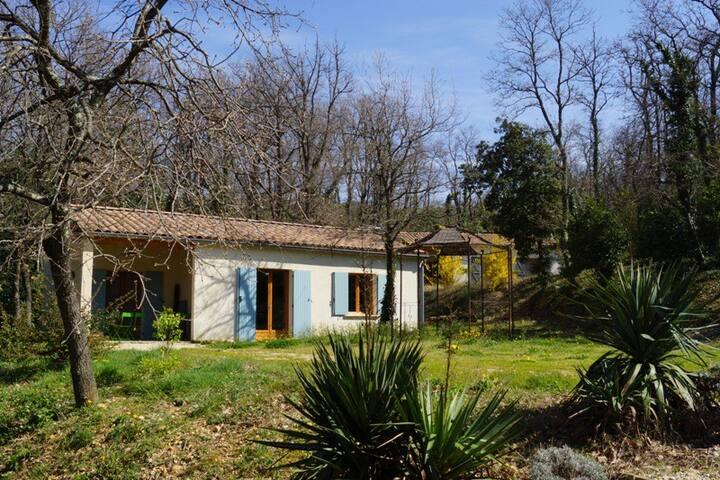 Drôme Provençale,calme,55m2,détente havre de paix - La Garde-Adhémar - Leilighet