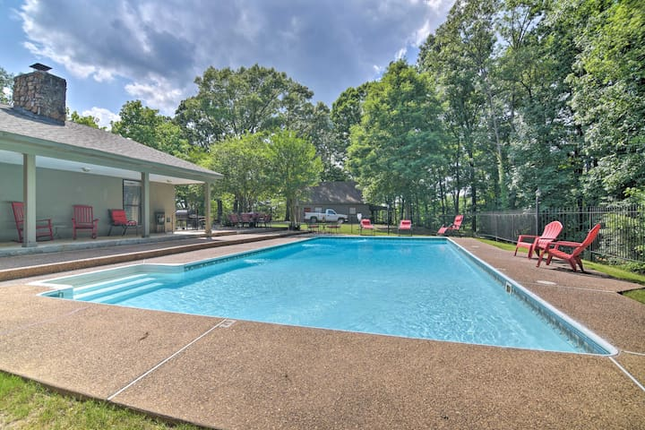 This vacation rental home features a private, in-ground pool!