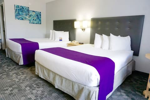Baymont by Wyndham- Double Queen Room