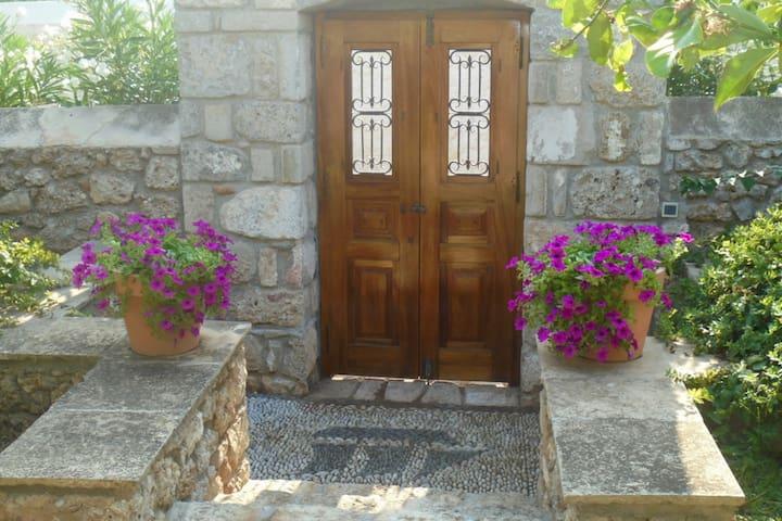 Ayoclima Spetses Villa
