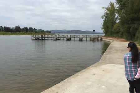 Parcela amoblada Lago Rapel, con acceso a muelle - Las Cabras