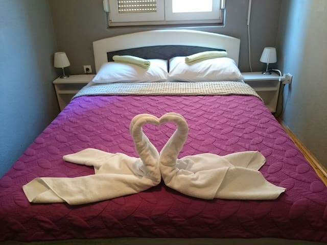 Private & cozy double room - Mostar - Dom