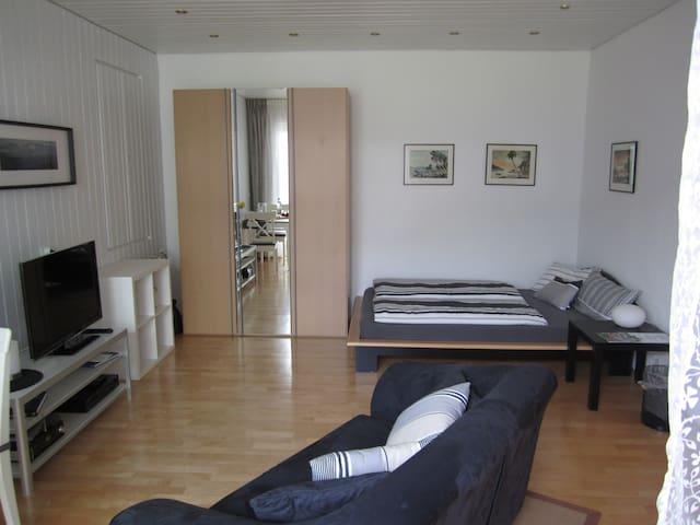 Bed & Breakfast - Zimmer mit Stil  Nähe Düsseldorf
