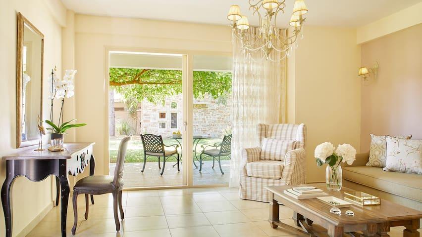 Grand Suite by Parga Beach Resort